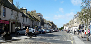 St Andrews town centre by Rob Farrow on Geograph